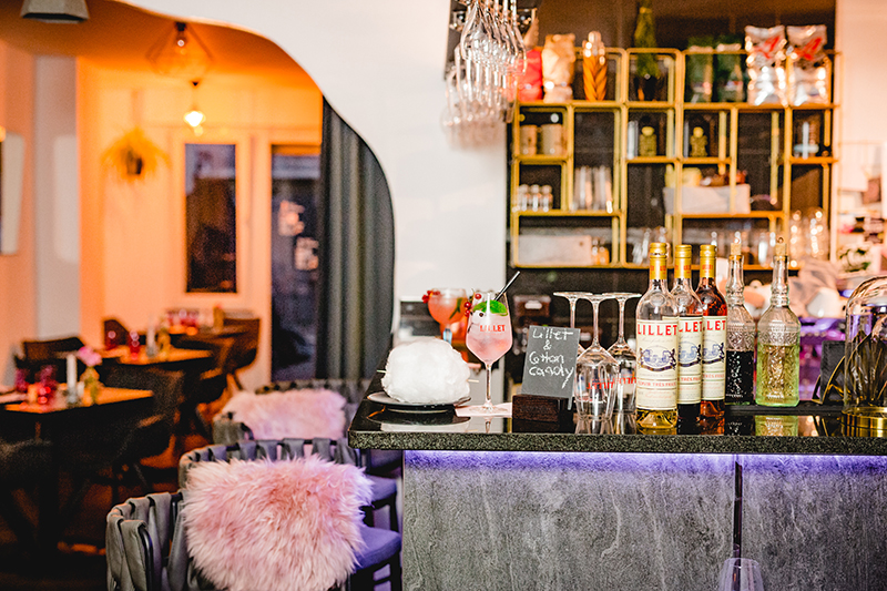 Home - Meeting Café-Bar
